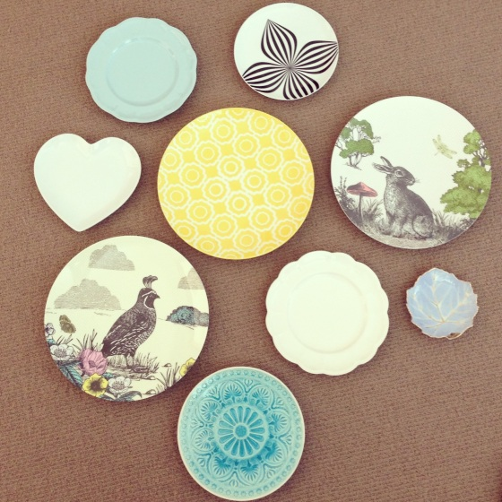 plate collection vintage.jpg