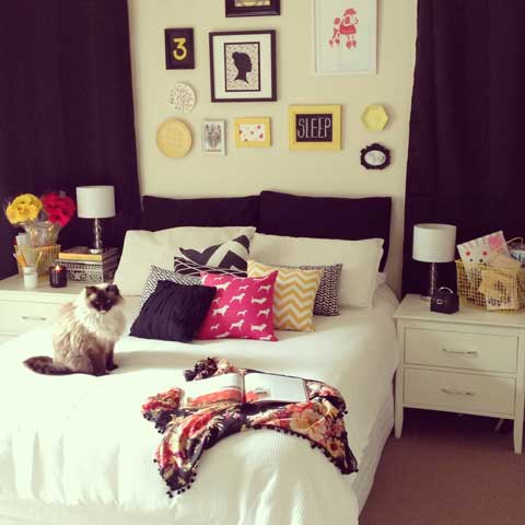 jumbled bedroom decor