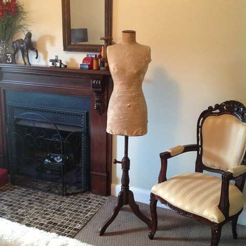 new antique mannequin