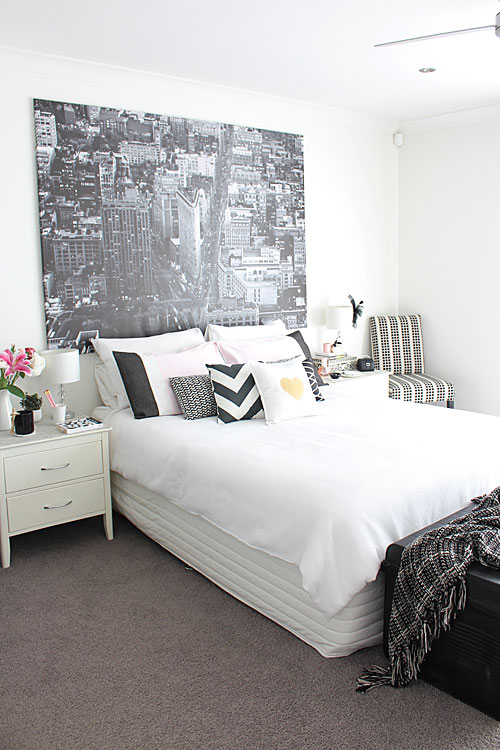 Affordable wall decor interior inspo