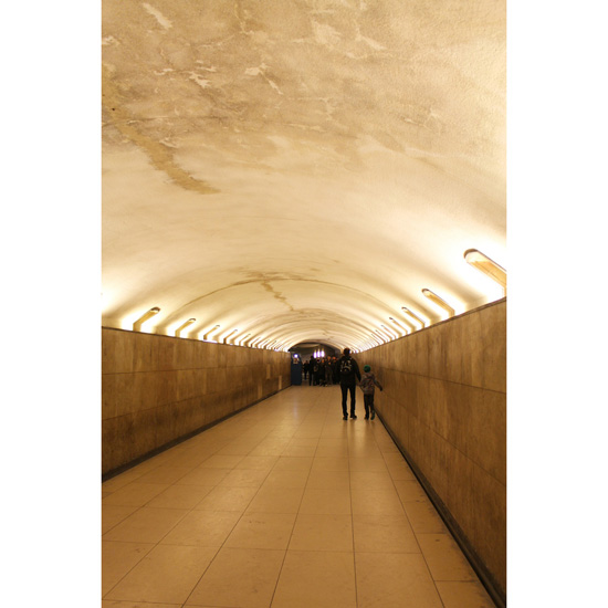 tunnel under the arc de triumph
