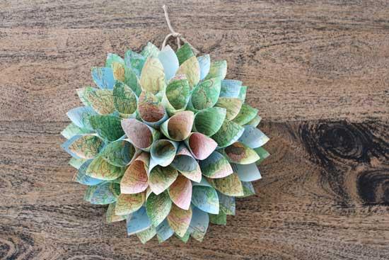 Paper cone wreath DIY